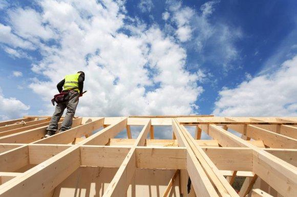 Professionnel pour la rénovation de toiture d'une maison Auxerre